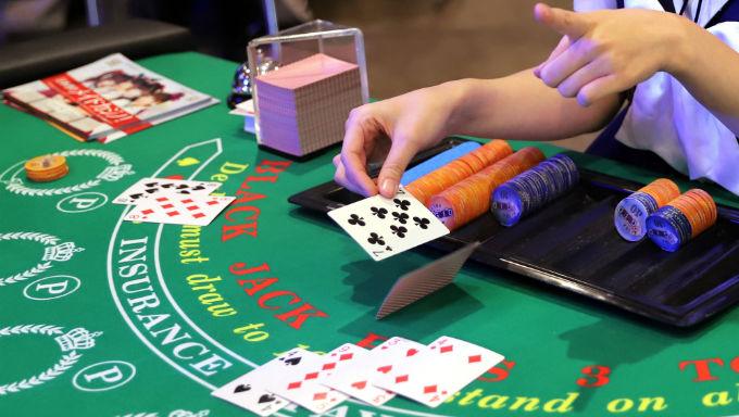 10 Blackjack Tips